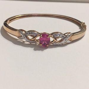 Jewelry - 925 Sterling Gold Tone Beautiful Bangle  Bracelet